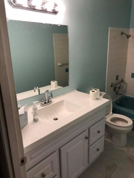 [Image: Take your bathroom from old to new with remodeling services from Harrison Handyman!]